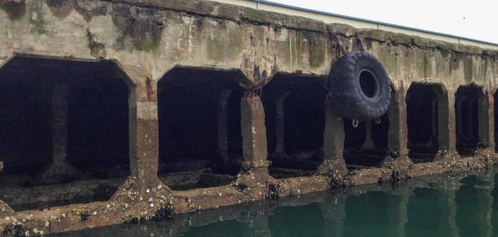 El Puerto reforzará un amplio tramo de muelle tras el derrumbe en Maliaño 4
