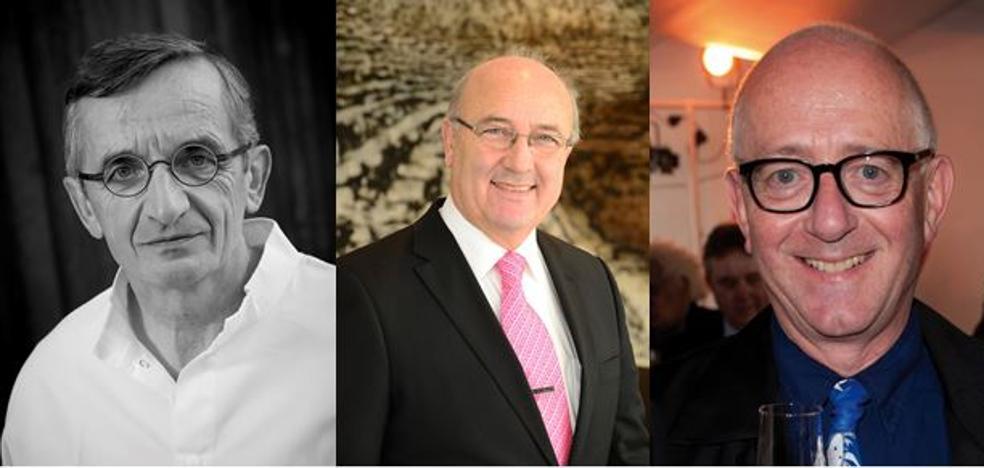 El chef Michel Bras, el jefe de sala Louis Villeneuve y el periodista Nick Lander, distinguidos