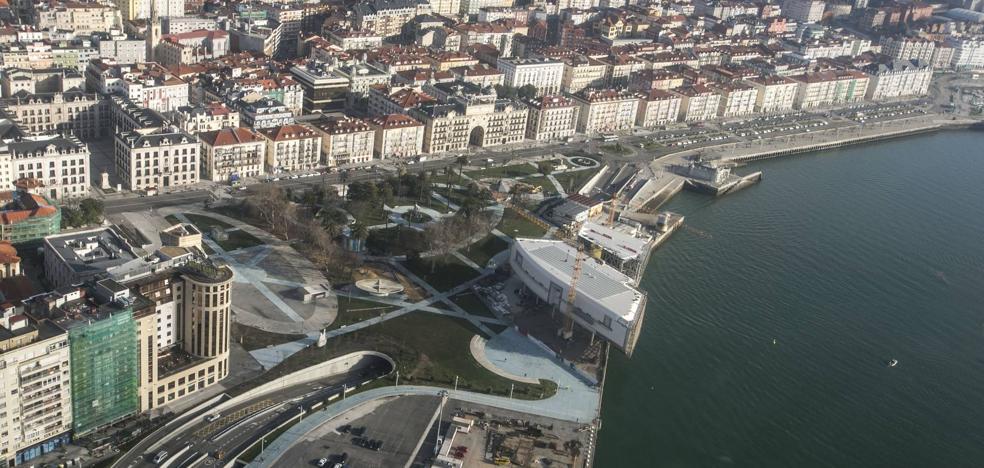 Santander reclama tres millones por los daños causados por la anulación del Plan General