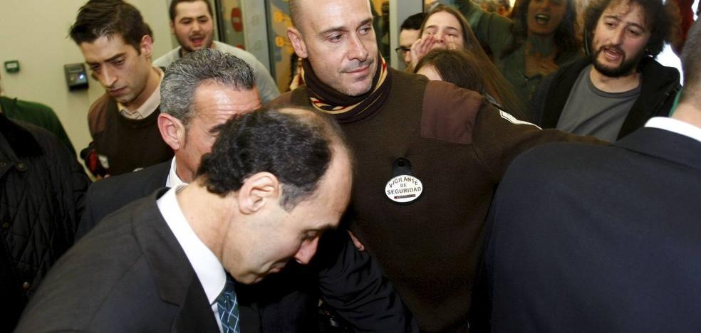 El Gobierno e Ignacio Diego no participarán como acusación en el juicio por el escrache