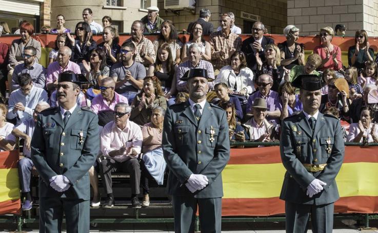 Imágenes de la fiesta del Pilar en el cuartel de Campogiro