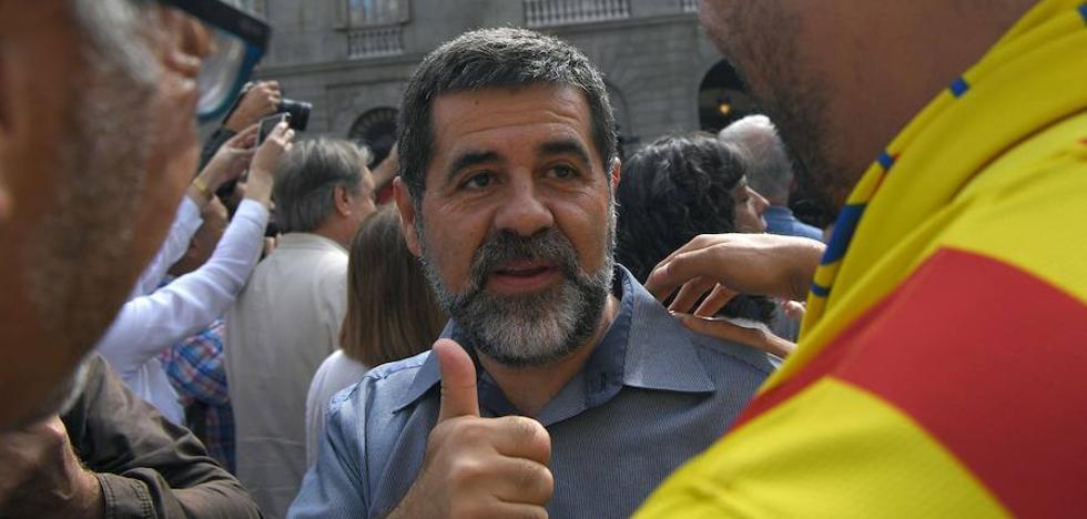 La ANC dice a sus militantes que Rajoy «dinamitará» el lunes las instituciones catalanas