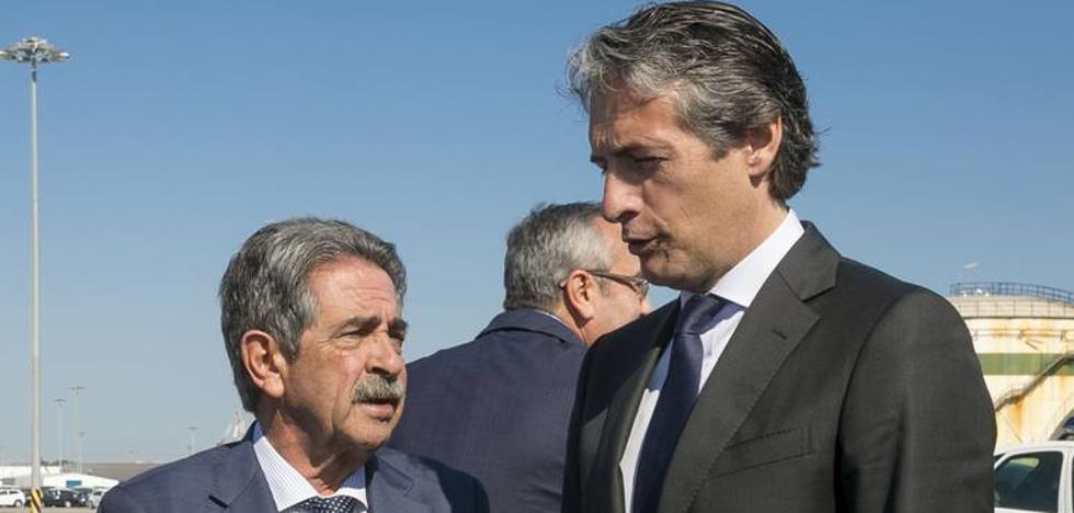 De la Serna se enfrenta a Revilla a dos días de su reunión por sus críticas a Rajoy