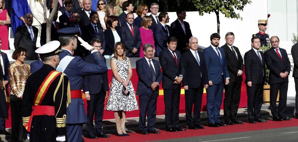 Revilla aprovecha el 12-O para mostrar a Rajoy su indignación por la deuda que mantiene con Cantabria
