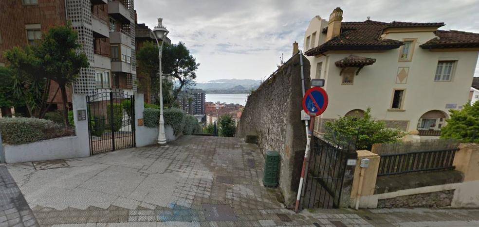 La Policía Local de Santander denuncia a 84 personas por beber en la calle en una sola noche