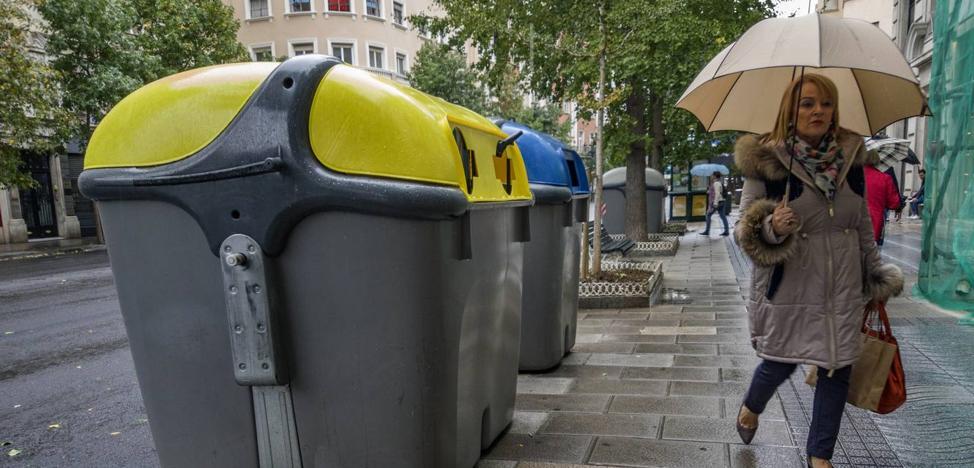 Los contenedores no desaparecerán de Calvo Sotelo a pesar de su impacto visual