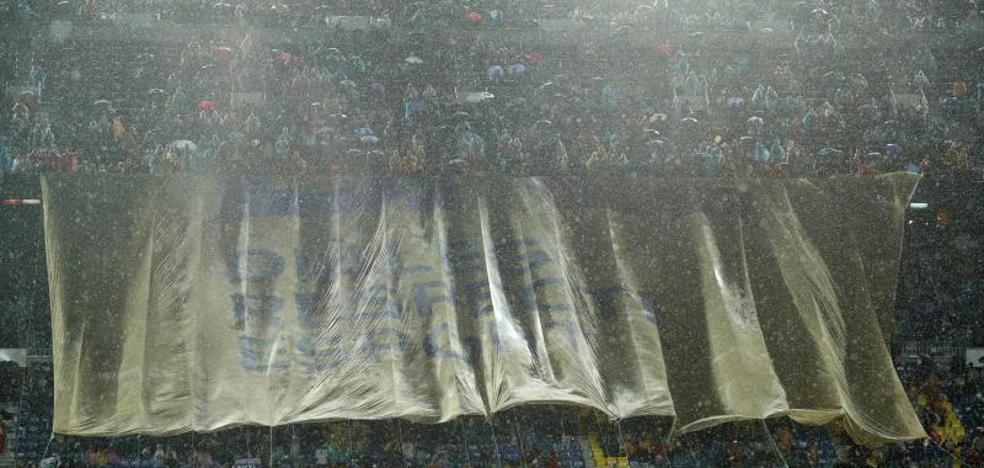 Los soberanistas se quedan fuera del Camp Nou