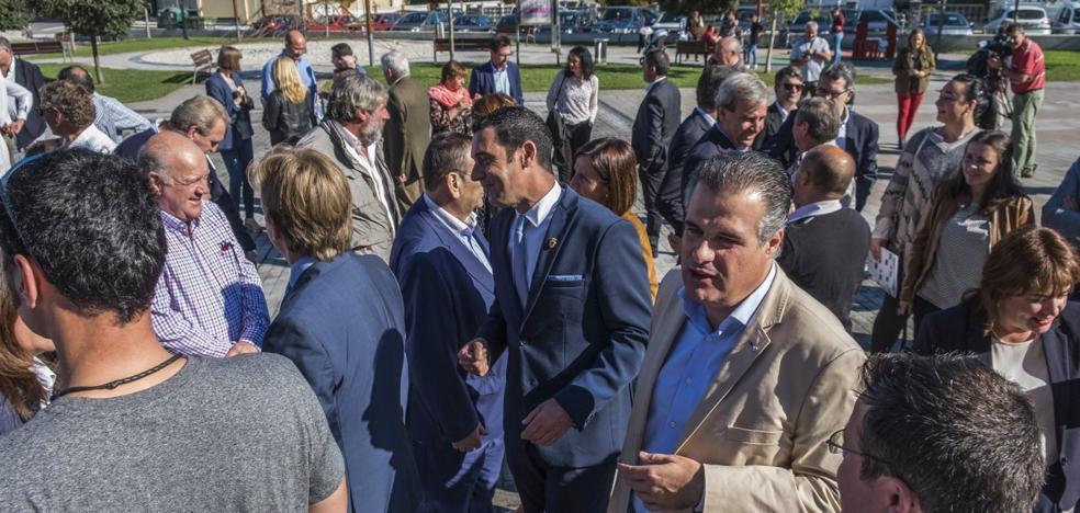 Los alcaldes reivindican una mayor autonomía y suficiencia financiera