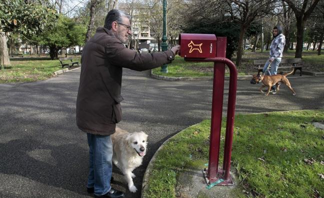La Unión Vecinal exige «mano dura» con los dueños de perros que ensucian