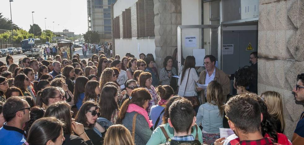 Cantabria propone convocar 438 plazas en las oposiciones docentes del próximo año