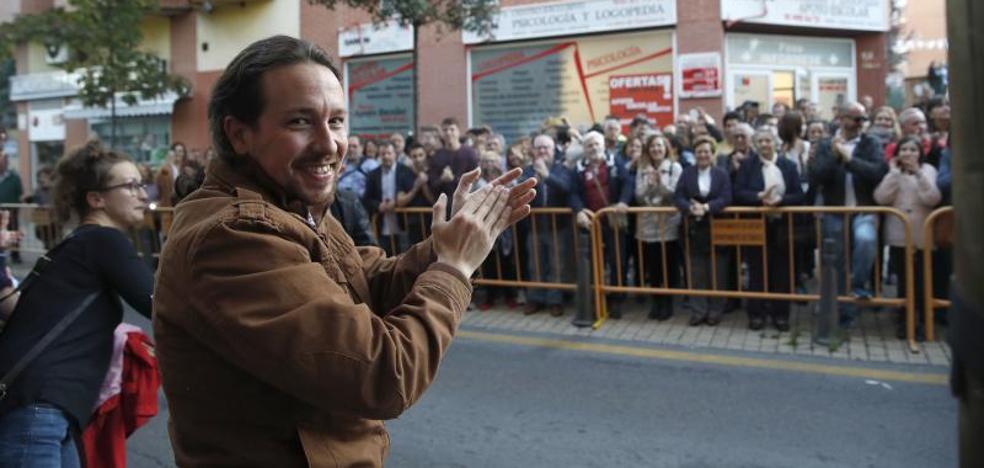 Podemos aclara su postura en Cataluña tras las críticas por acercarse al independentismo
