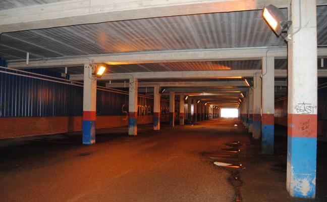 Obras Públicas realizará mejoras en el parking subterráneo del puerto