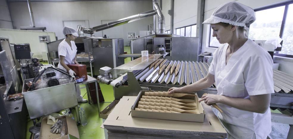 Las ventas de la industria cántabra crecen un 12,4% en los ocho primeros meses