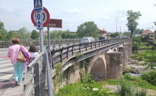 Gobierno y Ayuntamiento pagarán la ampliación del puente sobre el Besaya