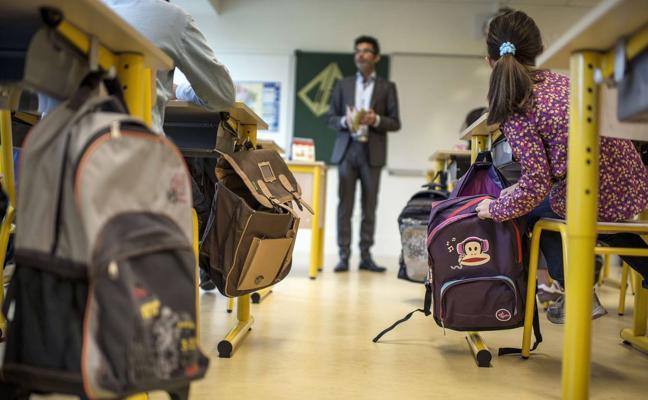 La mitad de los alumnos cántabros de Secundaria acude a clases particulares