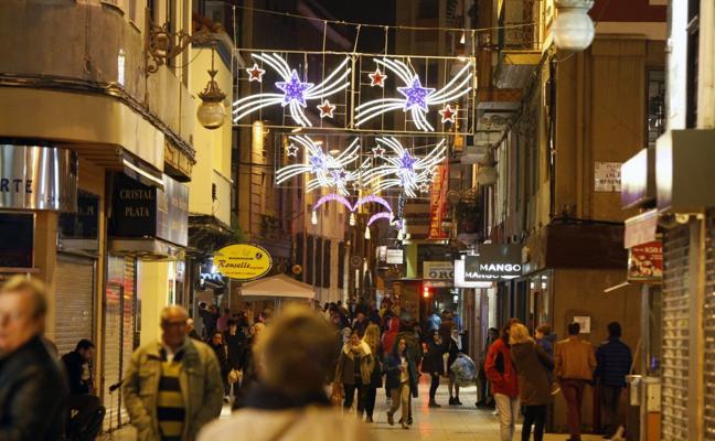 Pereda, Julián Ceballos y Consolación serán las calles con más luces de Navidad