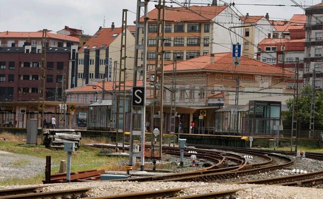 El Gobierno regional aportará 420.000 euros para el soterramiento de las vías