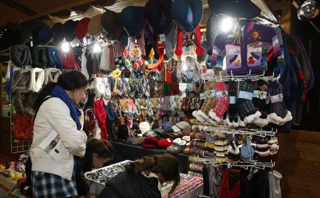 El mercadillo de Navidad de Torrelavega vuelve a ser gestionado por el Ayuntamiento