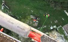 Otros dos evacuados para la lista de rescates en el Faro del Caballo