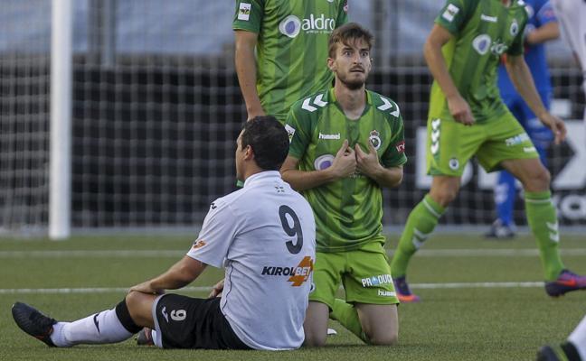 Quique Rivero y César Díaz, dudas para el domingo, se suman a la enfermería