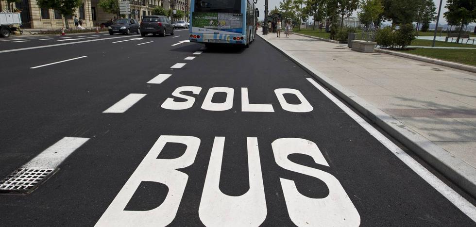 Las restricciones para el uso del carril del Metro-TUS «indignan» a los taxistas