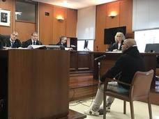 Condenado a 13 años el acusado de apuñalar a un camarero del mesón El Marinero de Castro