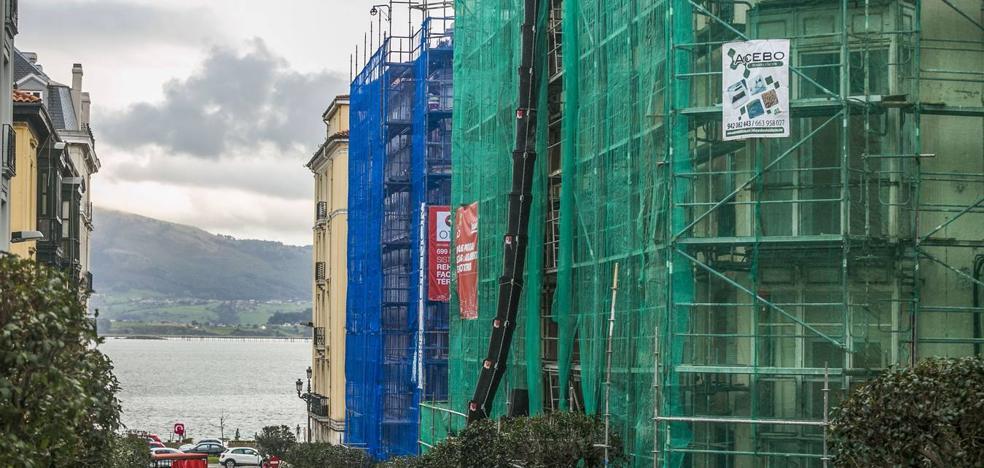 Santander incrementa sus ayudas para rehabilitar fachadas hasta en un 50%
