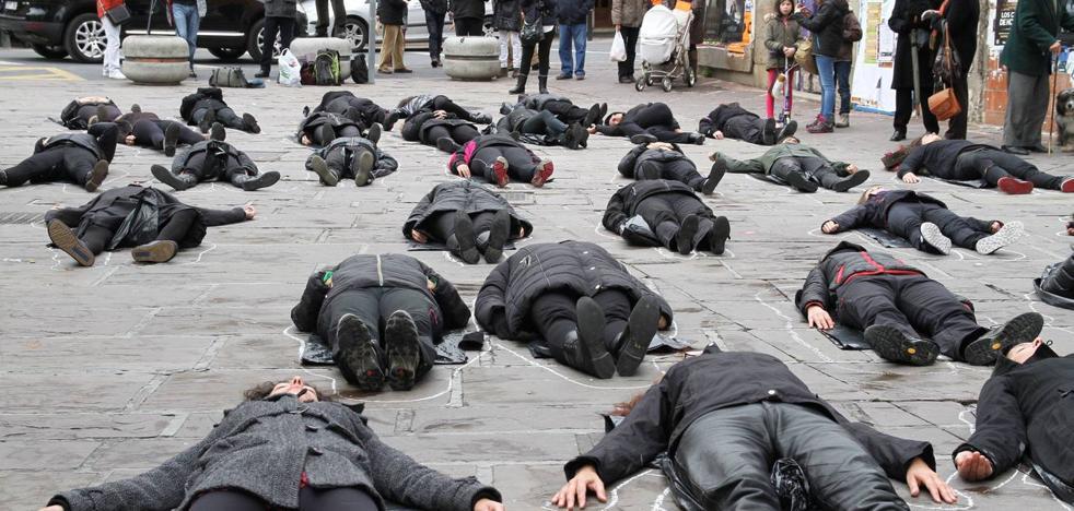 La Universidad de Cantabria debate sobre la violencia de género