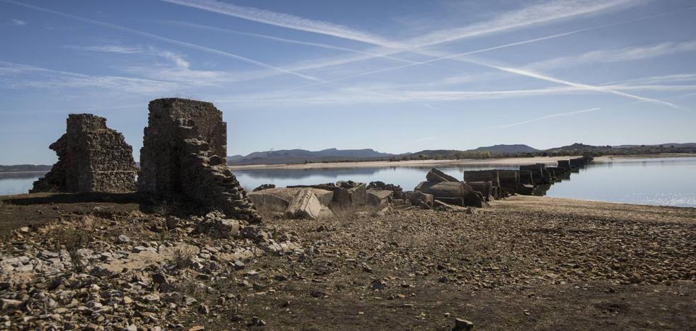 El embalse del Ebro alcanza el 25,5% de su capacidad