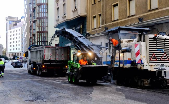 Cortes puntuales y cierre de la calle Méndez Núñez mientras dure el asfaltado de la Plaza de las Estaciones