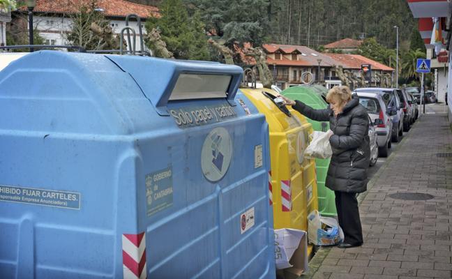Cabezón conciencia sobre el reciclaje