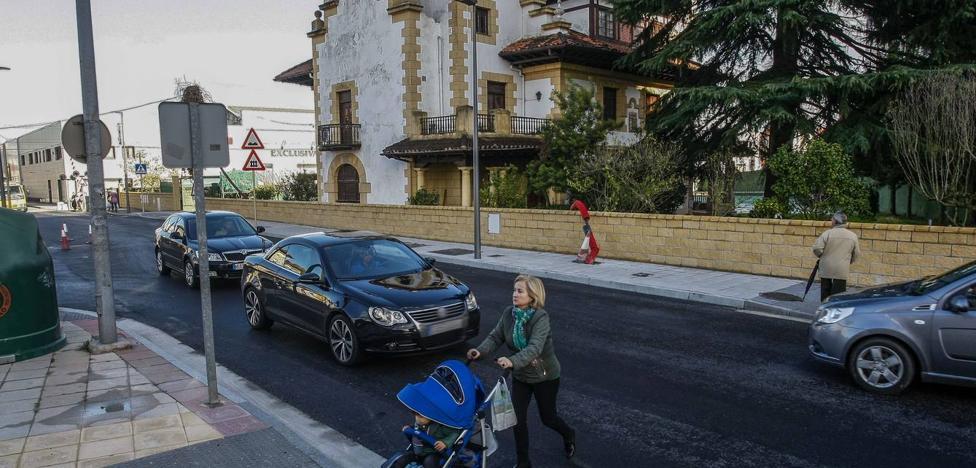 Torrelavega pide ayuda al Gobierno para mejorar la carretera de La Montaña, el Paseo del Niño y las calles Ancha y Carrera