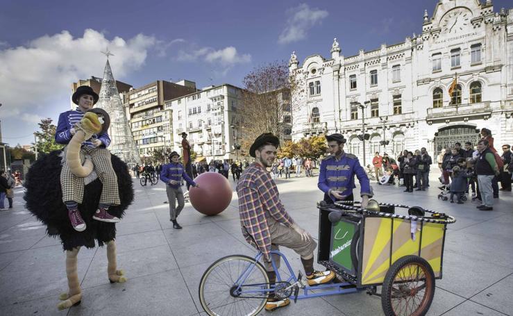 El circo y la música buscan la dinanización de la ciudad