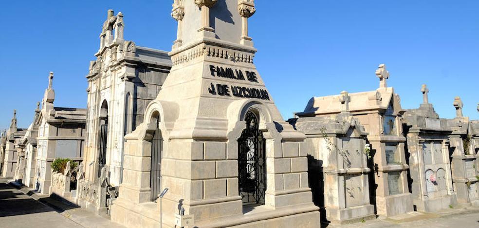 El panteón de la familia Uzcudun luce de nuevo en Ciriego