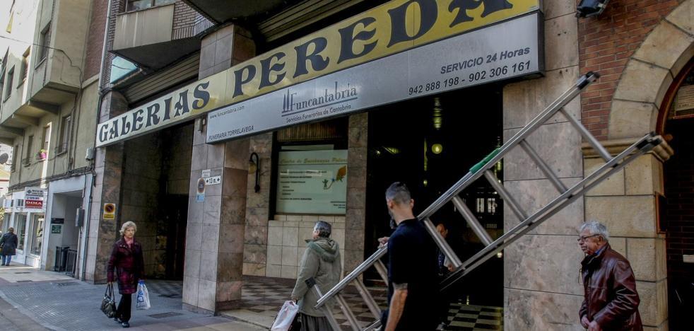 Los vecinos de las Galerías Pereda: «La Policía no se persona el 90% de las veces que avisamos»