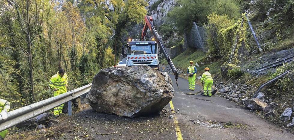 IU lleva al Congreso el desprendimiento de rocas en el Desfiladero de la Hermida