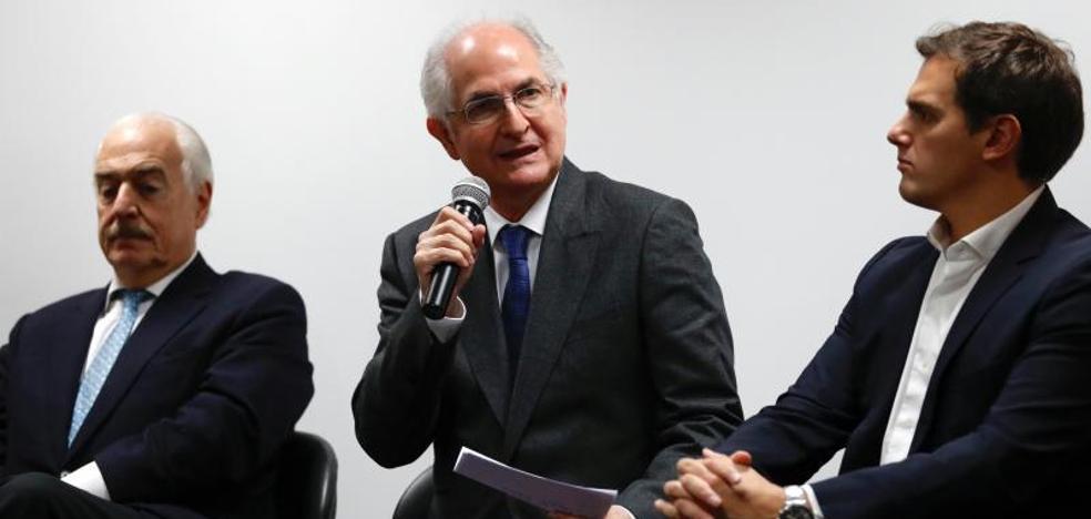 Ledezma pide a la oposición venezolana desde Madrid resolver «contradicciones» y unirse
