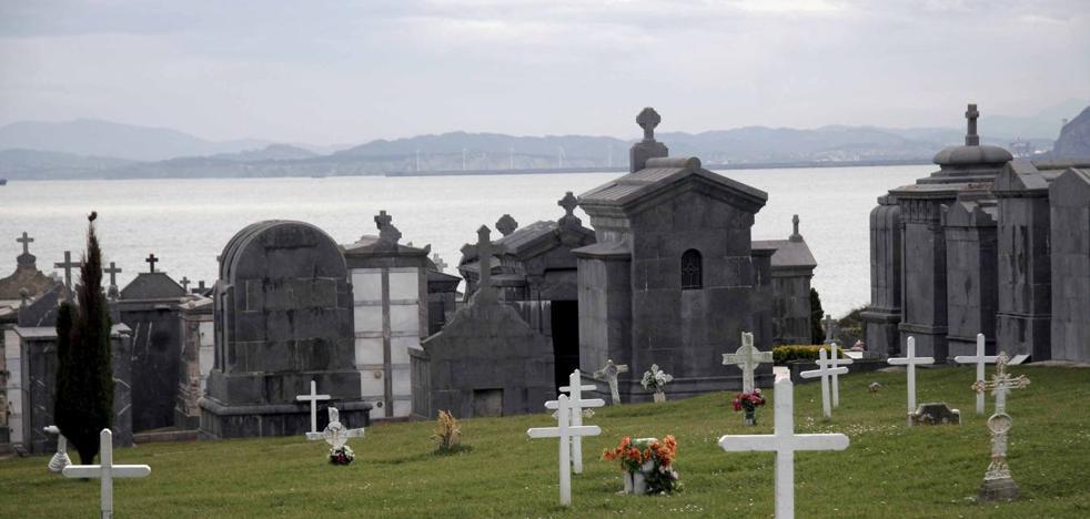 Castro presume de cementerio