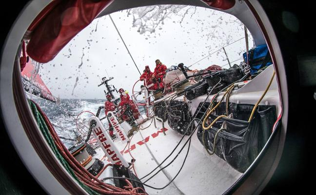 El 'Mapfre' se mantiene al frente de la flota cuando faltan 800 millas para llegar a Ciudad del Cabo