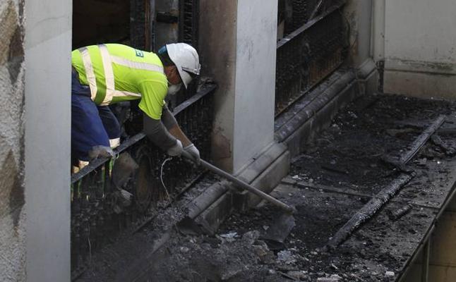El incendio del MAS ha arrasado la mayor parte de su biblioteca y ocho obras de arte