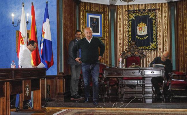 La justicia anula el acuerdo del Pleno que retiró el sueldo al alcalde de Reinosa