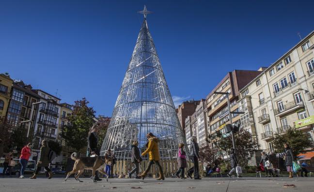 779.000 bombillas para iluminar la Navidad en Santander