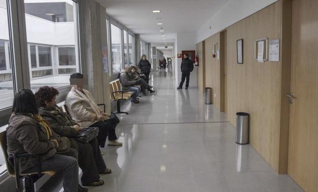 Malestar entre los pacientes de Camargo por los cambios de centro de salud y médico