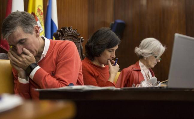 El voto de un exconcejal de Ciudadanos permite al PP de Santander aprobar las ordenanzas fiscales