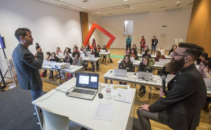 1.000 escolares visitan en Santander CyberCamp