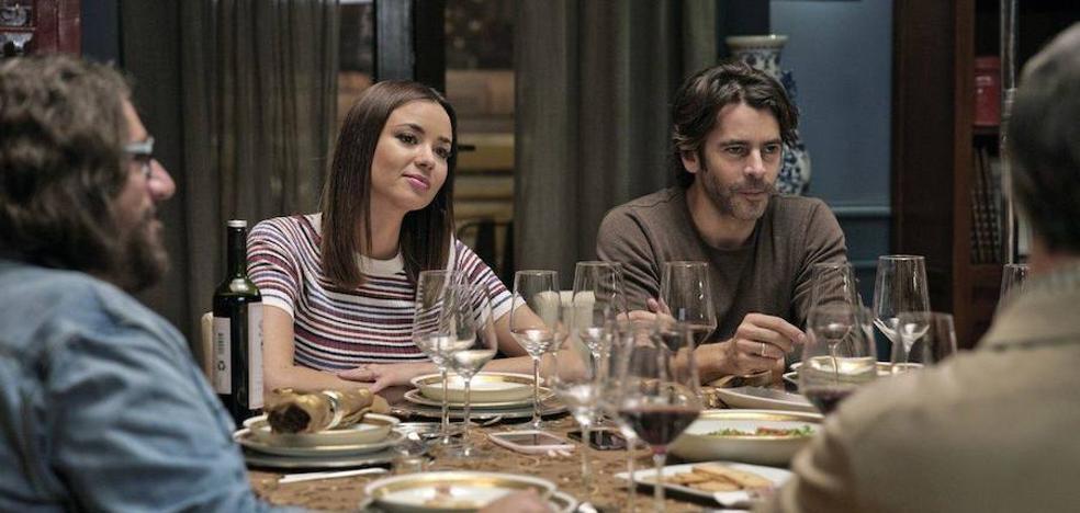 'Perfectos desconocidos' se ríe de la fidelidad en la pareja