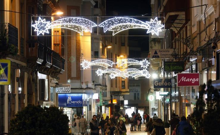 Encendido de luces navideñas en Torrelavega