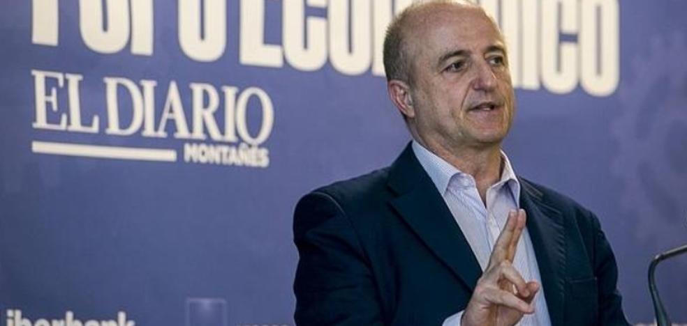 «Nos equivocamos de modelo de país al entrar en el euro»