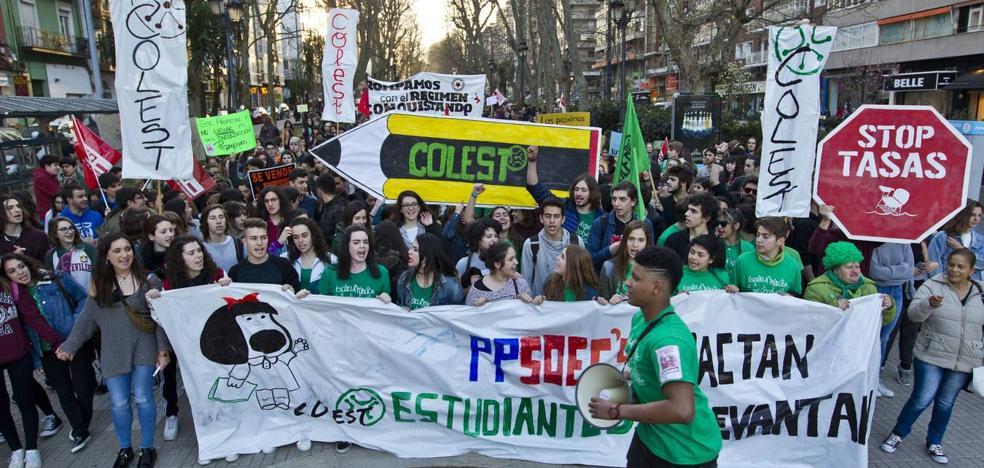 Los sindicatos docentes de Cantabria amenazan con un «invierno caliente» por las oposiciones