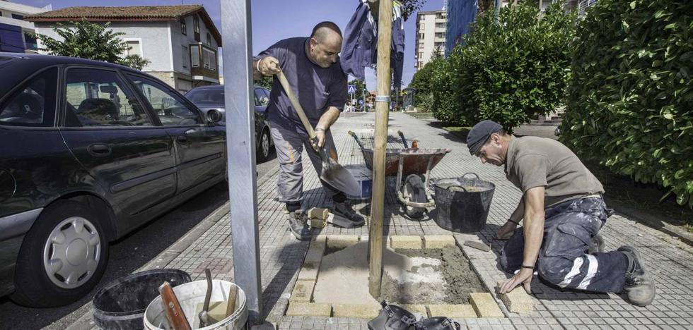 Un 44% de los salarios de Cantabria declarados a Hacienda en 2016 no llegaba a 1.000 euros